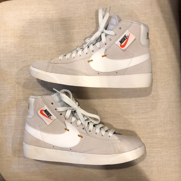 nike high top with zipper Shop Clothing